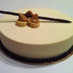 Tarta de mousse de chocolate blanco